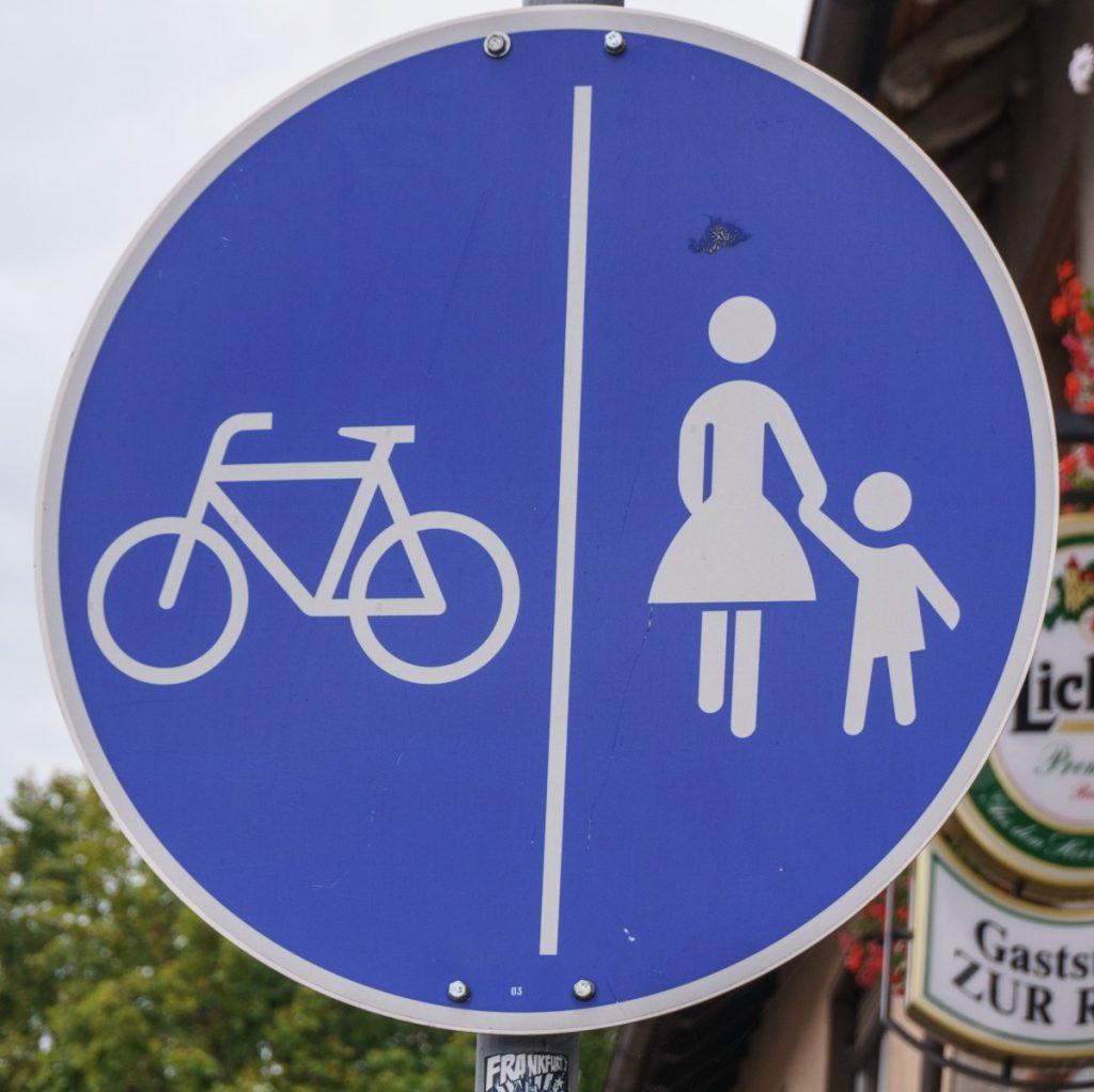 Peatones y bicis